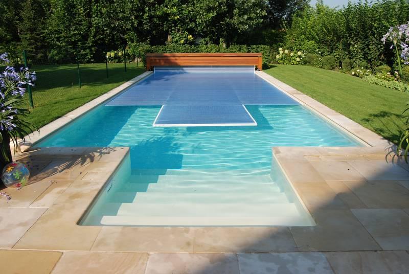 fotogalerie poolabdeckungen outdoor binder pools wellness gmbh. Black Bedroom Furniture Sets. Home Design Ideas