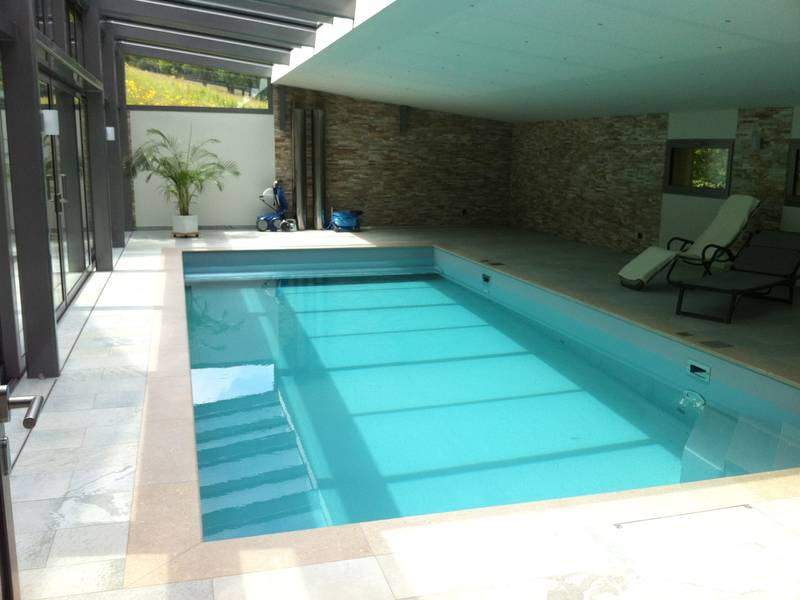 Indoorpool / Hallenbad: BINDER Pools & Wellness GmbH