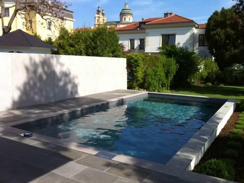 Pool Impressionen – Beton vs. Barock